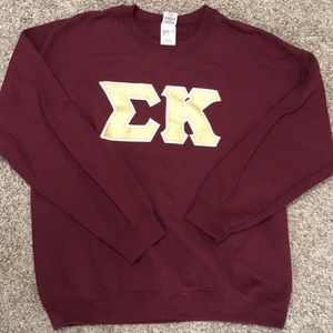 Sigma Kappa crewneck with gold letters size Large